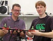 Tres hermanos ganan un premio con un dron silencioso enfocado al cine