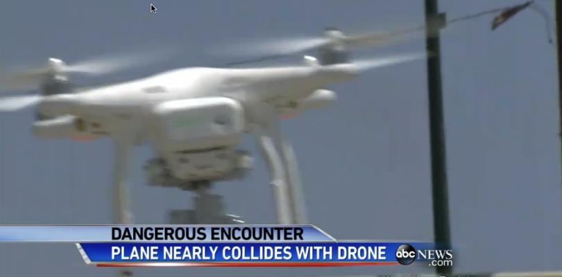 La FAA investiga el uso irresponsable de drones cerca de aeropuertos comerciales