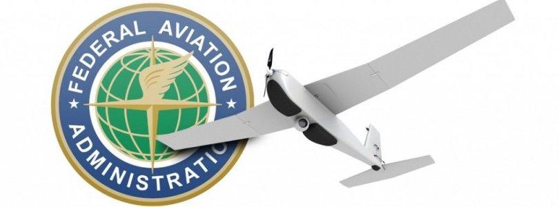 La FAA avisa de mas de 1 millón de drones debajo del árbol de Navidad en Estados Unidos
